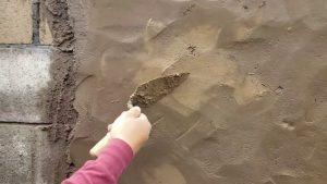 como-hacer-disenos-en-paredes-con-solo-arena-cemento-y-color-en-polvo