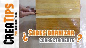 Como-BARNIZAR-MADERA-paso-a-paso-Barnizar-muebles-de-madera-a-mano-Aplicar-SELLADOR-y-BARNIZ