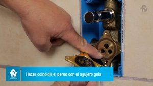 Como-instalar-el-cuadro-de-ducha-para-ducha-monocomando-0106-sobre-pared-de-ladrillo