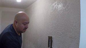 quotTEXTURA-ECONOMICAquot-drywall-en-pared-de-escalones-de-basement